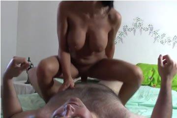 Nagymellű ingyen HD pornó